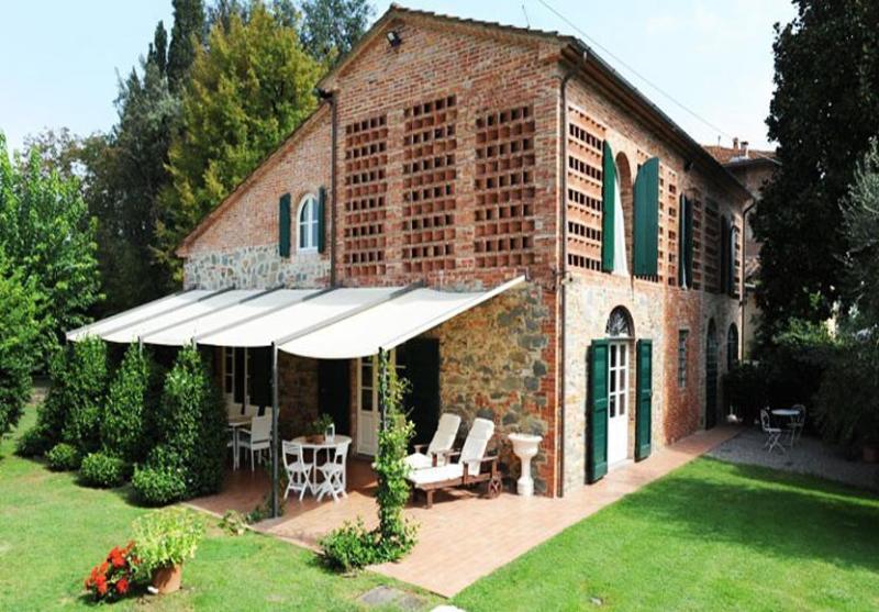 Main view of the villa - Farmhouse Nicole - Castelfranco Di Sotto - rentals