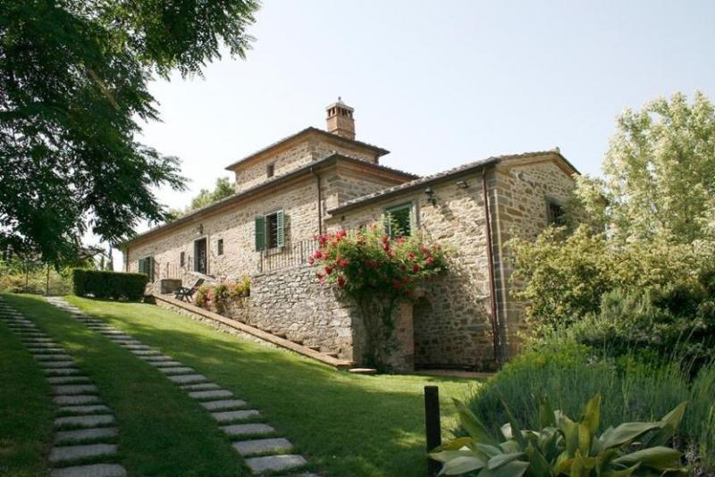 View of the Beautiful Apartment Ginestrella - Apartment Ginestrella - Cortona - rentals