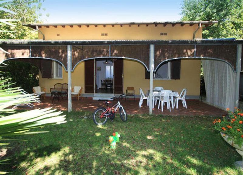 Villa Rosalba - Image 1 - Forte Dei Marmi - rentals
