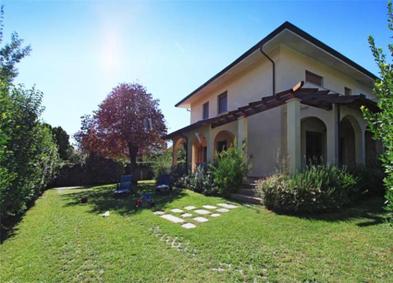 Main view of the Villa Ginestrina - Villa Ginestrina - Forte Dei Marmi - rentals