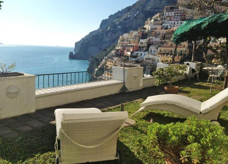 Seating arrangement  on the garden - Villa Dalia - Positano - rentals