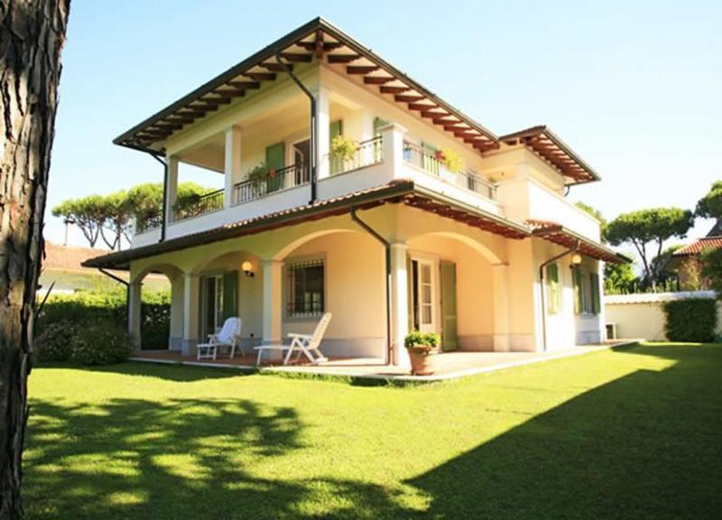 Villa Cianna - Image 1 - Forte Dei Marmi - rentals