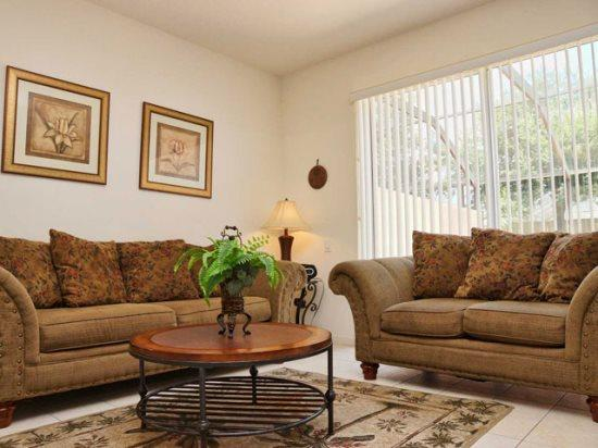 Living Area - WP3T2405SPD Furnished and Comfy Town Home in a Gated Kissimmee Resort - Orlando - rentals