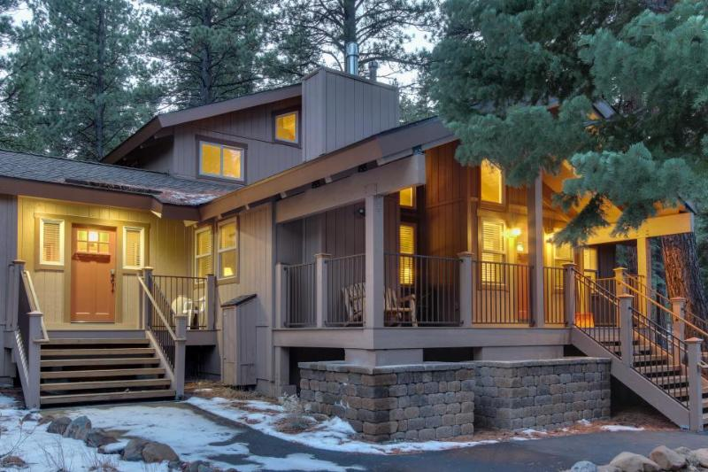 Stunning custom home with access to shared pools, tennis, gym & game room! - Image 1 - Truckee - rentals