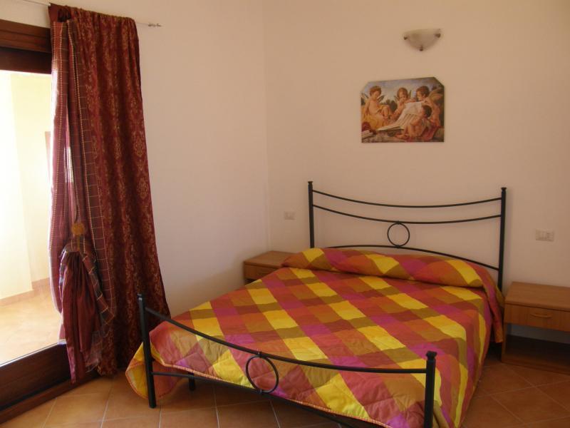 Holidays in Isola Rossa (North Sardinia) - Image 1 - Trinita d'Agultu e Vignola - rentals