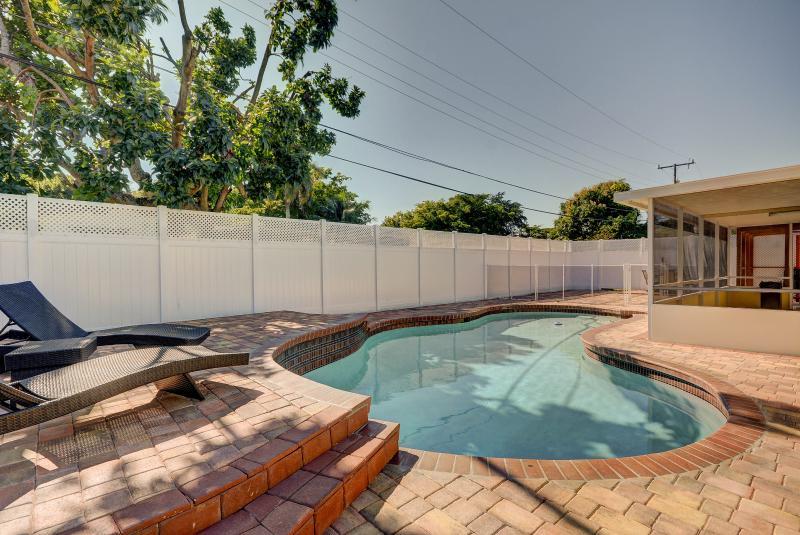 The Emerald Villa # 1119   North Miami Beach, FL - Image 1 - North Miami - rentals