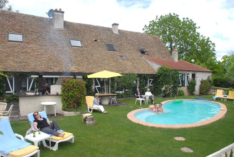 maison, jardin, piscine - 5 star 18 th-century house near Beaune in Burgundy - Beaune - rentals