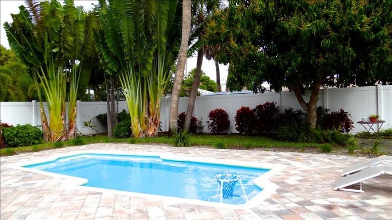 Seaside Delight - Image 1 - Clearwater Beach - rentals