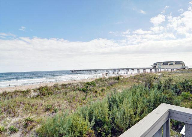 Eakins - Oceanfront Townhouse with wonderful decks and magnificent views - Image 1 - Wrightsville Beach - rentals