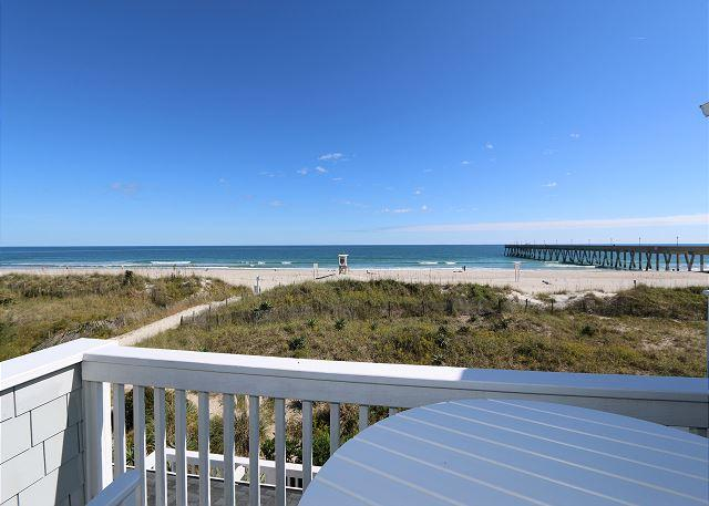 Guill-Holton -  Relax and unwind at this bright and airy oceanfront townhouse - Image 1 - Wrightsville Beach - rentals