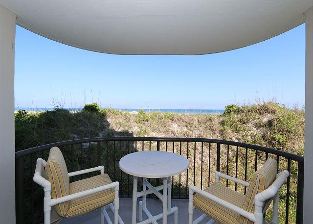 Covered Balcony - DR 2101 -  Enjoy a perfect beach vacation at this bright and spacious condo - Wrightsville Beach - rentals
