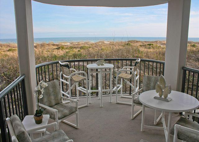 DR 2108 -  Beautiful oceanfront condo with pool, tennis and easy beach access - Image 1 - Wrightsville Beach - rentals