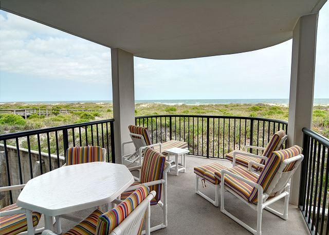 Covered Balcony - DR 2111 - Gorgeous condo, oceanfront deck with panoramic views, pool, tennis - Wrightsville Beach - rentals