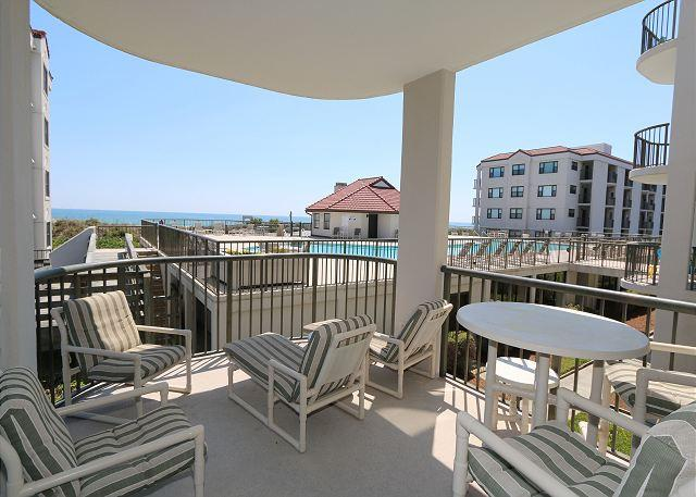 Ocean & pool view covered balcony - DR 3104 -  Extra-large oceanfront condo with easy beach access, pool & tennis - Wrightsville Beach - rentals