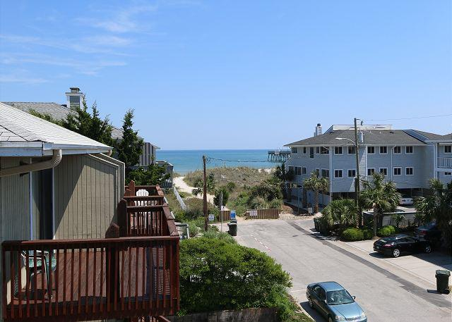 Ocean views - Seaside Serenity- Feel the Serenity at this nicely decorated ocean view duplex - Wrightsville Beach - rentals
