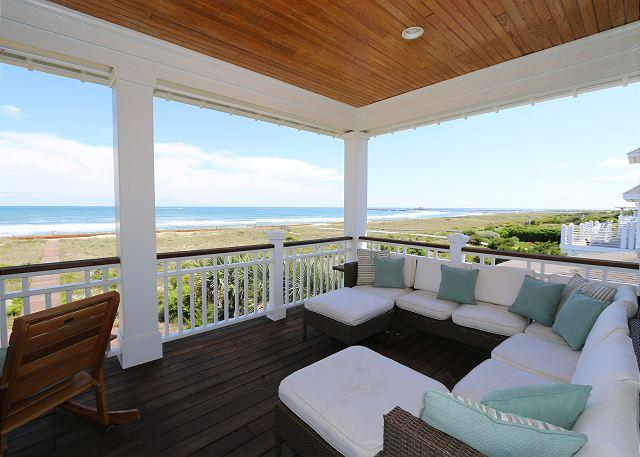 Covered oceanfront deck - Sampson House- Luxury oceanfront duplex at Wrightsville Beach, pet friendly - Wrightsville Beach - rentals