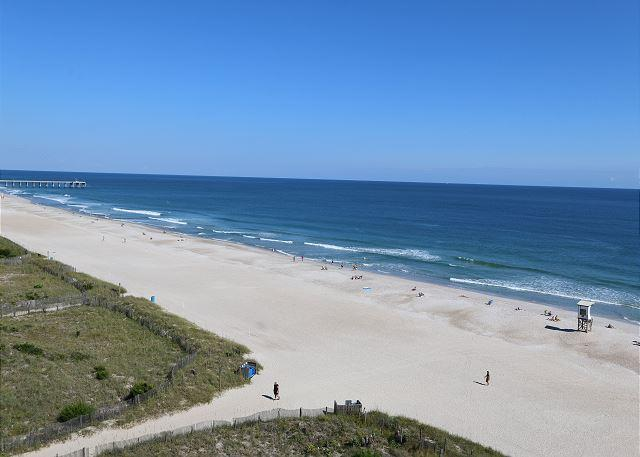 Station One-8C Surf Watch-Oceanfront condo with community pool, tennis, beach - Image 1 - Wrightsville Beach - rentals