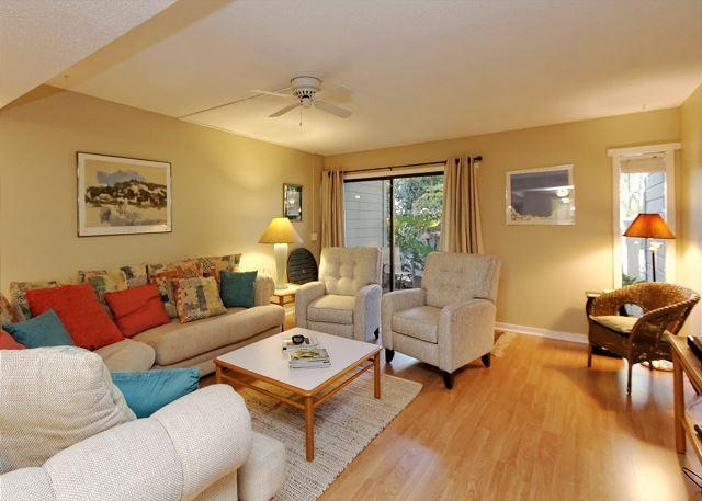 Perfect Family Accommodation - SailMaster 37, 2 Bedrooms, Pool, Patio, Sleeps 6 - Forest Beach - rentals