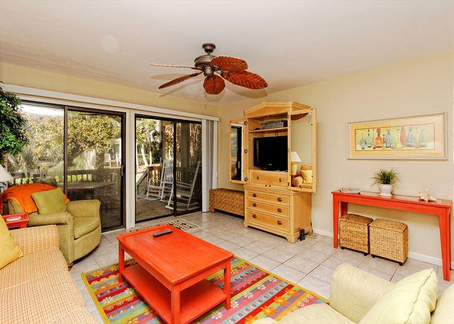 Come on home - Tennismaster 203, 2 Bedrooms, Large Pool, Tennis, Walk to Beach, Sleeps 6 - Forest Beach - rentals