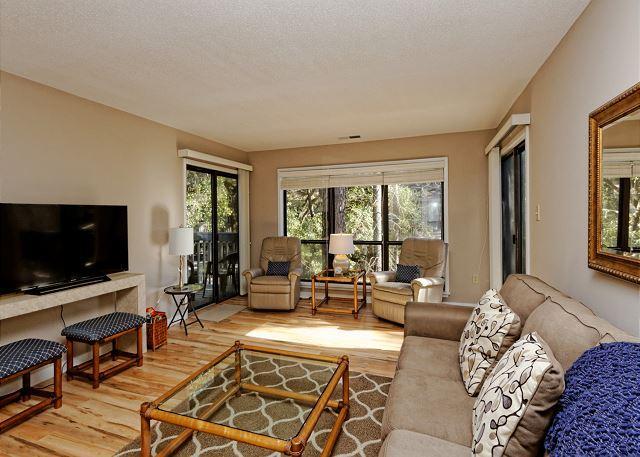 Dream Vacation - Moorings 71-72, 2 Bedrooms, Pool, Walk to Beach, Sleeps 8 - Hilton Head - rentals