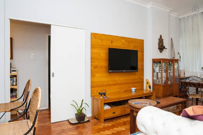 """""""Copacabana Beach Entire Apartment"""" - Image 1 - Rio de Janeiro - rentals"""