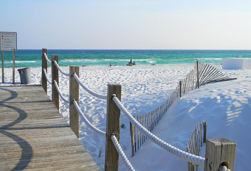 Sea Oats 409 - Book Online!  Partial Gulf View on Okaloosa Island! Buy 3 nights or more get 1 FREE thru Feb 2015! - Image 1 - Fort Walton Beach - rentals