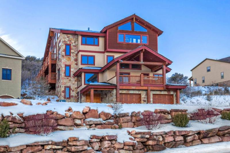 Elegant townhouse w/ hot tub, game room, & access to a shared pool and gym! - Image 1 - Park City - rentals