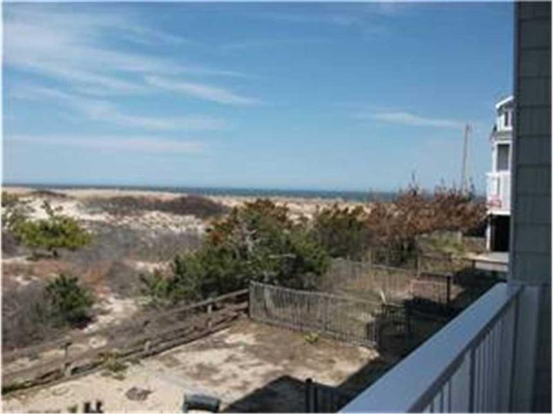 61 (39589) Dune Road - Image 1 - Cedar Neck - rentals
