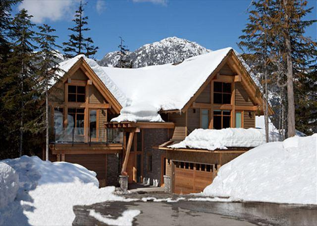 Exterior View of Kadenwood - Kadenwood #2939 | 5 Bedroom 5 Star Ski In Ski Out Home, Pool Table, Hot Tub - Whistler - rentals