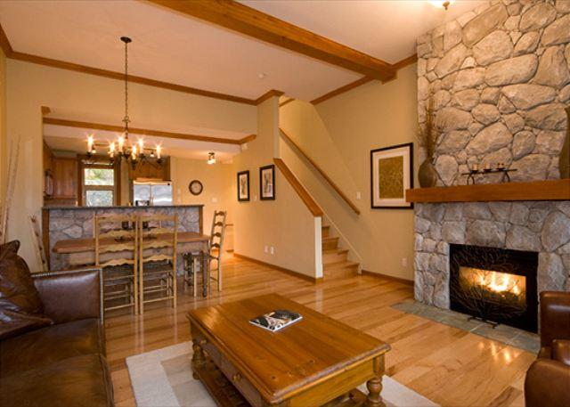 Spacious Open Concept Living Area - Mountain Star #14 | 3 Bedroom Townhome, Nearby Ski Access, Private Hot Tub - Whistler - rentals