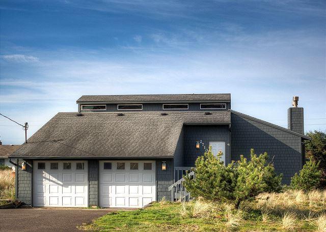 Kris' Cottage--R492 Waldport Oregon vacation rental - Image 1 - Waldport - rentals