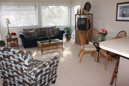 Awesome Vacation Condo-2 Pools, 1 Block to beach. 11343 - Image 1 - Myrtle Beach - rentals