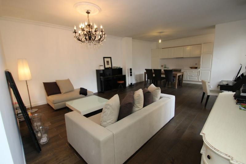 Luxury 1 bedroom flat in Etoile Champs-Elysees - Image 1 - Paris - rentals