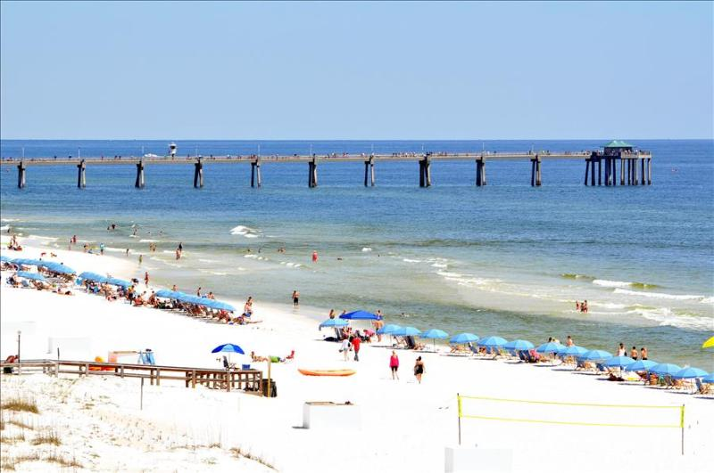 """Gulf Dunes Unit 613"" Beautiful Direct Gulf Front View!! Spacious 3 bedroom unit - Image 1 - Fort Walton Beach - rentals"