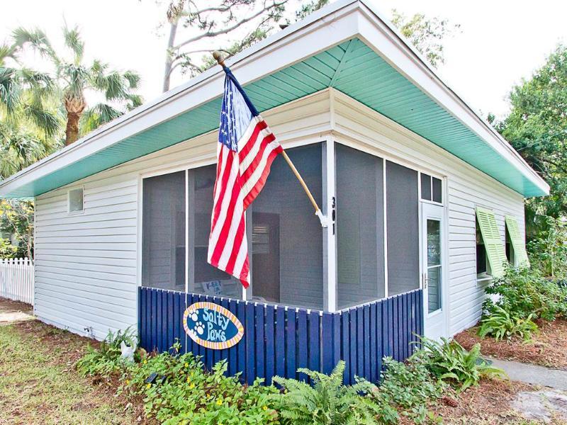 Salty Paws - Image 1 - Tybee Island - rentals