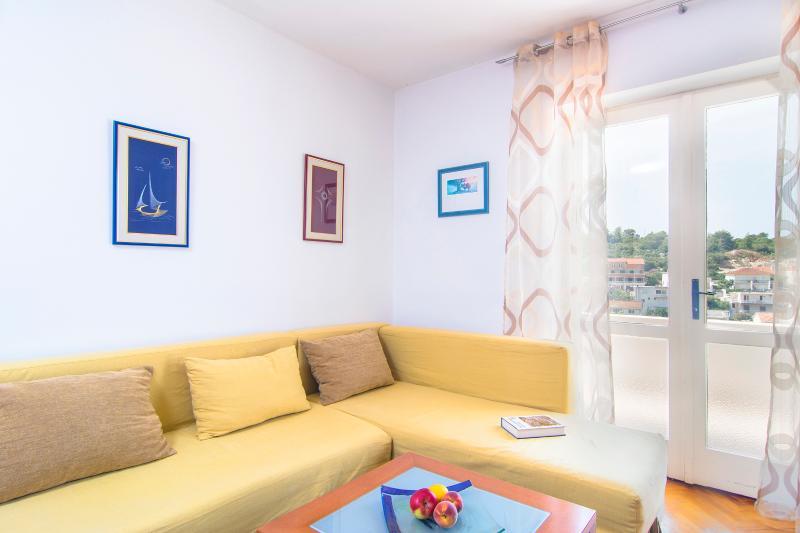 Apartment Vesna - Image 1 - Hvar - rentals