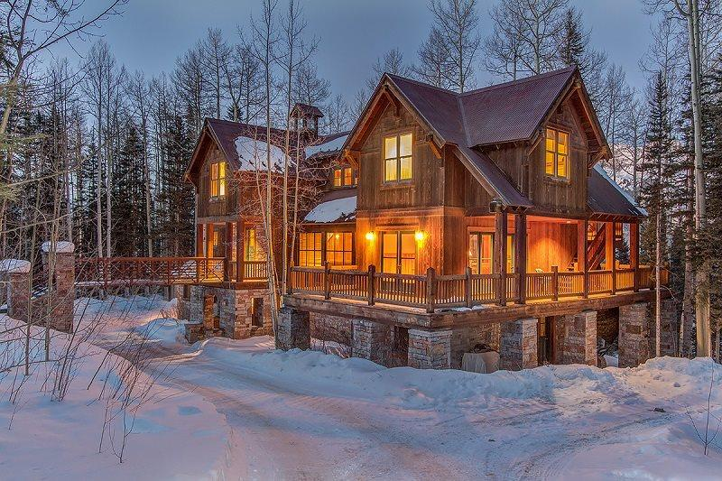 103 Palmyra - 4 Bedrooms - 4.5 Bathrooms - Sleeps 10 - Located in the Mountain Village - Easy access to Bridges Ski Run - This spacious, family-friendly vacation home in Telluride is the perfect mountain retreat during winter or summer. - Mountain Village - rentals