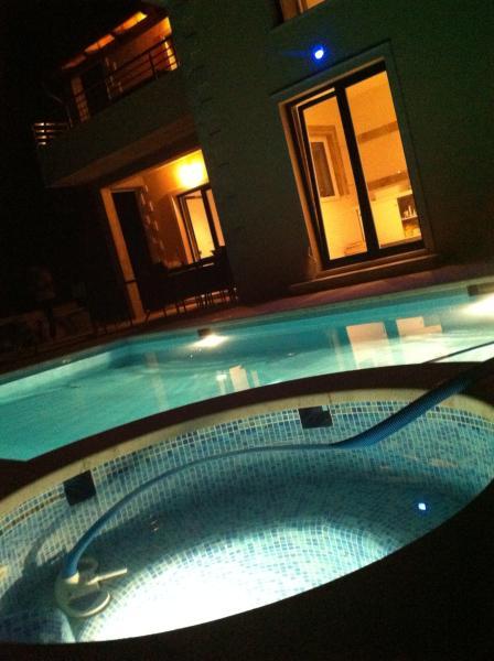 pool night life  - Villa Apartment   Roisin Dubh - Mlini - rentals