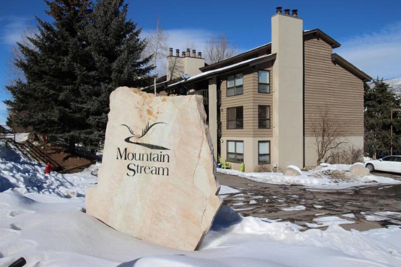 Riverside condo close to Beaver Creek Resort! - Image 1 - Beaver Creek - rentals