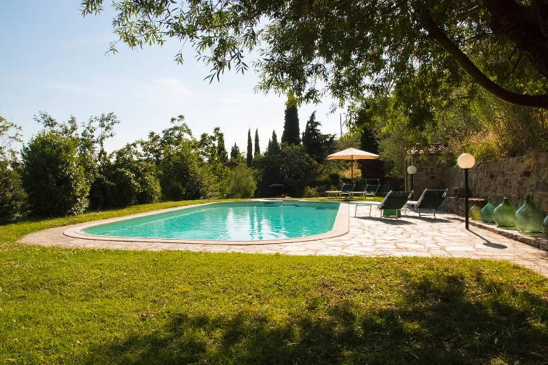 Querceto Farmhouse - Farmhouse 3/7 bedrooms, pvt pool, stunning view - Loro Ciuffenna - rentals
