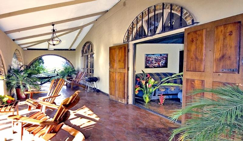 Traditional Jungle Villa, Nature Lovers' Retreat, - Image 1 - Manuel Antonio - rentals