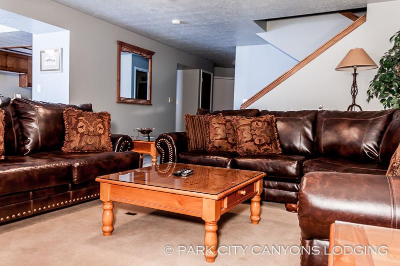 Park West Town Home 3987: Ample Space, Private Hot Tub, Sledding Hill—This Vacation Rental Has It All - Image 1 - Park City - rentals