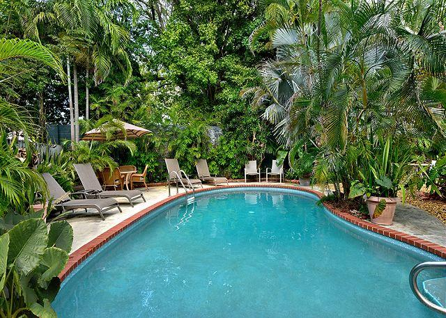 Shared Pool - Ann Street Tranquility:  A cozy and peaceful cottage - Key West - rentals