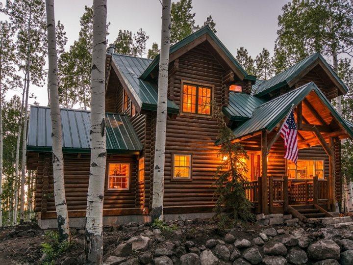 Luxury Lake Creek Cabin - Lake Creek Cabin with Snowmobile Rentals - Midway - rentals
