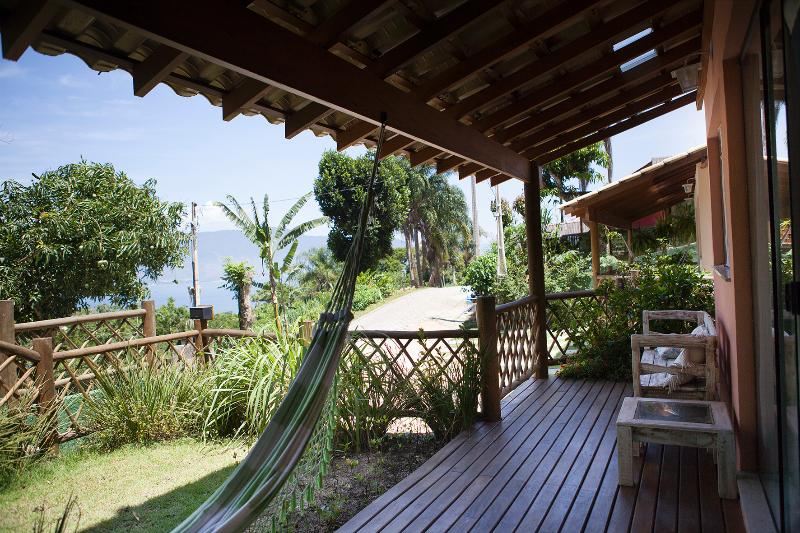 Deck casa Tuim com linda vista p/ o mar - Casas/Chalés em Ilhabela, praia do Itaguaçu com linda Vista - Ilhabela - rentals