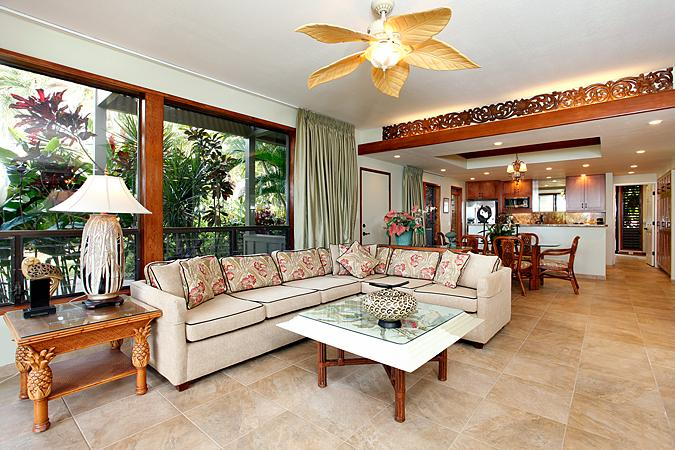 Unit 18 Ocean Front Luxury 3 Bedroom Condo - Image 1 - Lahaina - rentals