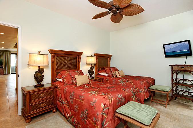 Unit 18 Ocean Front Luxury 3 Bedroom Condo - Image 1 - Lahaina - rentals