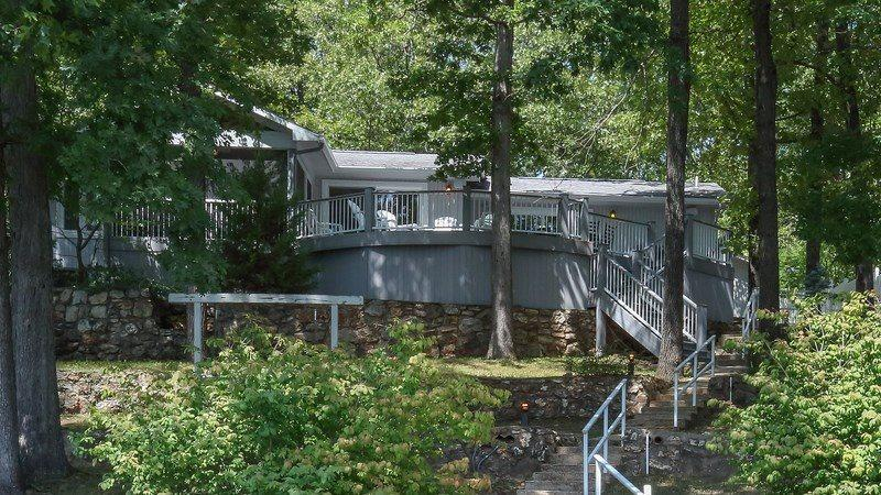 Waterfall Cove - A True Lake Dream Home - Ranch Style - 11.5 MM Osage Arm - Davey Hollow Cove. - Image 1 - Gravois Mills - rentals