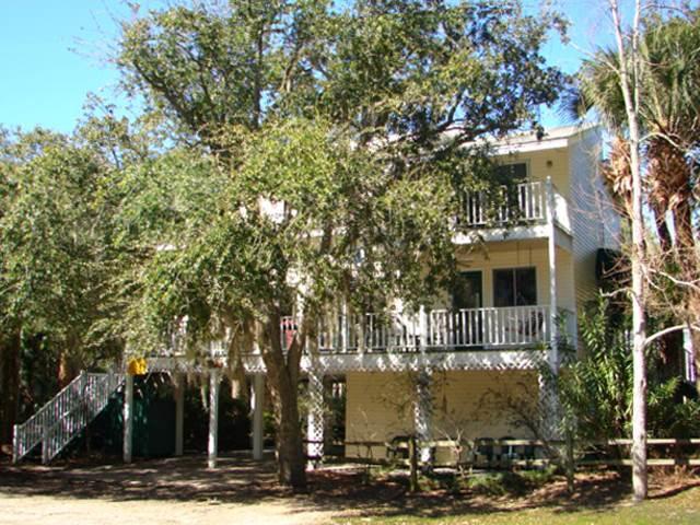 "3402 Myrtle St - ""The Jackson House"" - Image 1 - Edisto Beach - rentals"