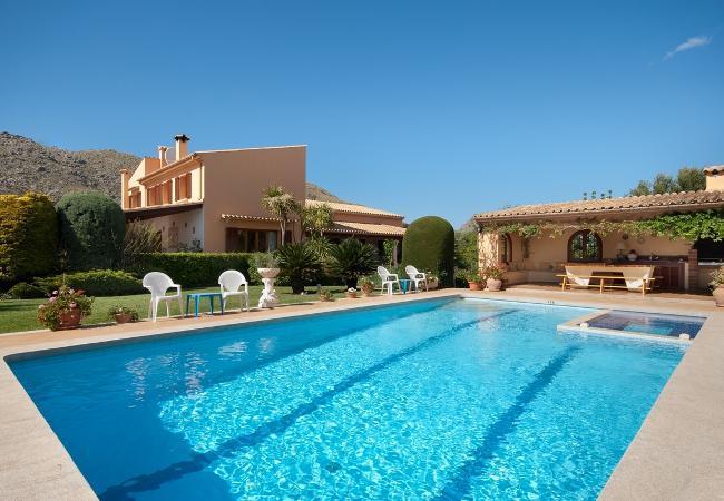 6 bedroom Villa in Puerto Pollenca, Mallorca, Mallorca : ref 3389 - Image 1 - Cala San Vincente - rentals